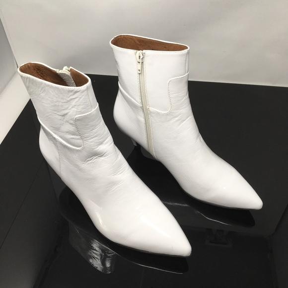 5a611d3591 Jeffrey Campbell Shoes - Jeffrey Campbell Muse Size 10 Kitten Heel Bootie